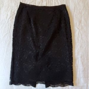 Gorgeous Ann Taylor lace skirt